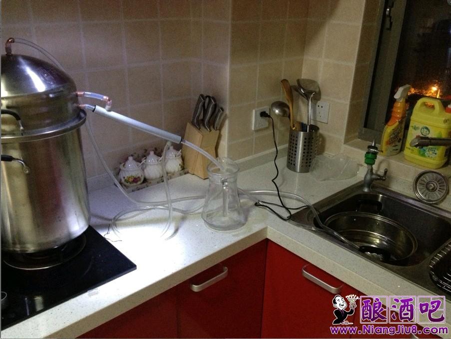 焌酒蒸馏器图片和内部结构图